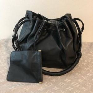 Gucci leather bucket bag authentic